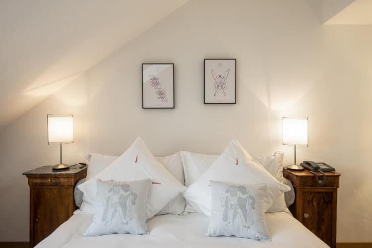 LES 5 GRANDESChambre très confortable   /   Lit 160 x 200